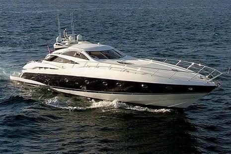 sunseeker predator 75 motoryacht vermietung bei ahoi. Black Bedroom Furniture Sets. Home Design Ideas