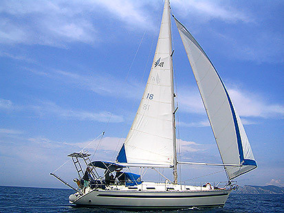 Data of the charter boat - sailboat / sailing yacht Bavaria 41 Holiday