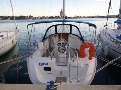 Bénéteau Océanis 311 (sailboat)