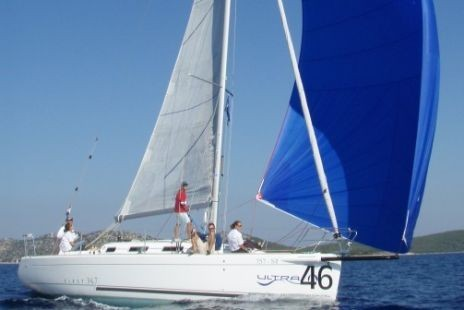 Data of the charter boat - sailboat / sailing yacht Beneteau First 34.7