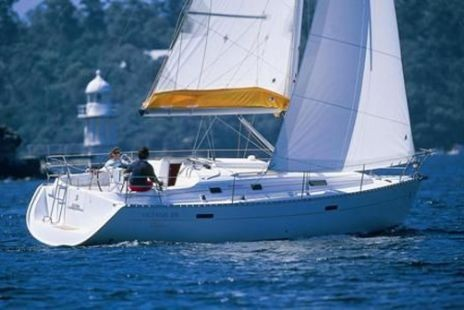 Data of the charter boat - sailboat / sailing yacht Beneteau Oceanis 331