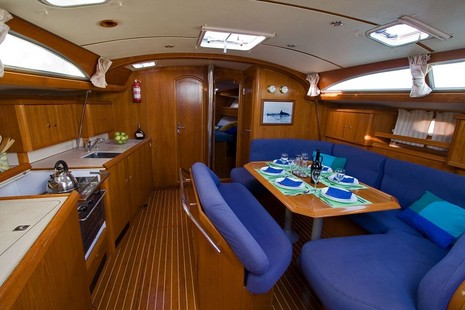 Jeanneau Sun Odyssey 45,2 picture 2 - click to enlarge