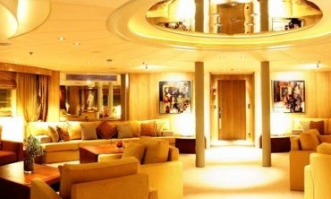 Mega Yacht picture 11
