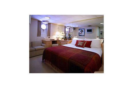 Mega Yacht picture 5