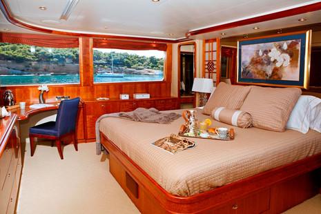 Westport Motor Yacht picture 11