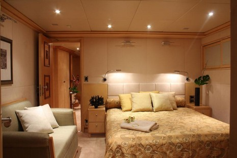 Motor Yacht picture 6