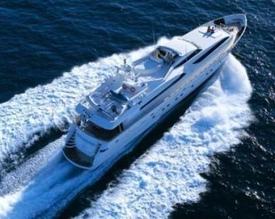 Falcon Motor Yacht (powerboat)