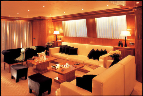 Falcon Motor Yacht picture 2