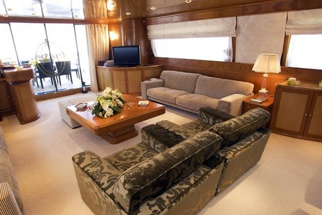Motor Yacht picture 2